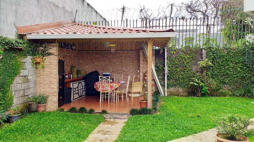 Casa San Jose>San Pedro>Montes de Oca - Venta:350.000 US Dollar - codigo: 21-1869