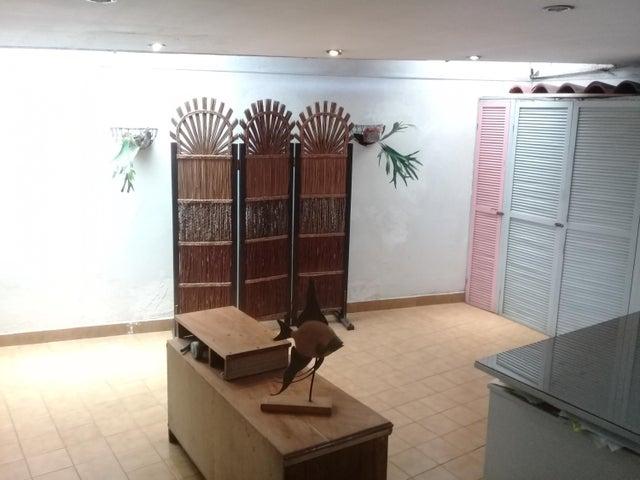 Casa San Jose>San Juan>Tibas - Venta:220.000 US Dollar - codigo: 21-1926