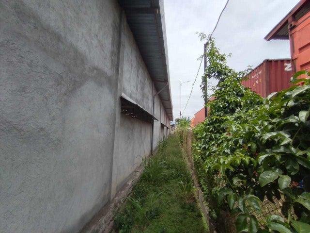 Bodegas Heredia>Santa Rosa>Santo Domingo - Venta:800.000 US Dollar - codigo: 21-1945