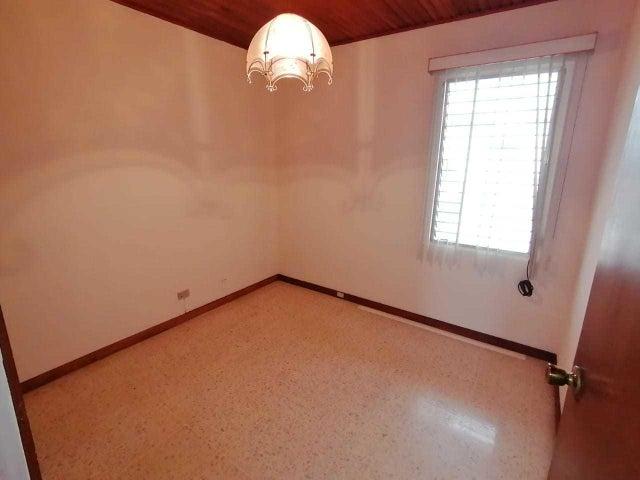 Apartamento San Jose>Moravia>Moravia - Venta:125.000 US Dollar - codigo: 21-1970