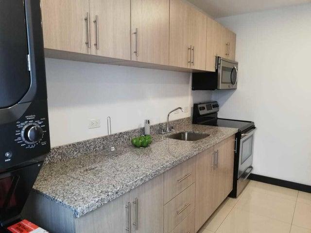 Apartamento San Jose>Zapote>San Jose - Venta:98.000 US Dollar - codigo: 21-1977