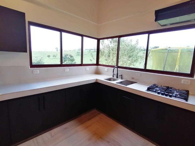 Casa San Jose>VC San Isidro>Vazquez de Coronado - Venta:252.800 US Dollar - codigo: 21-603