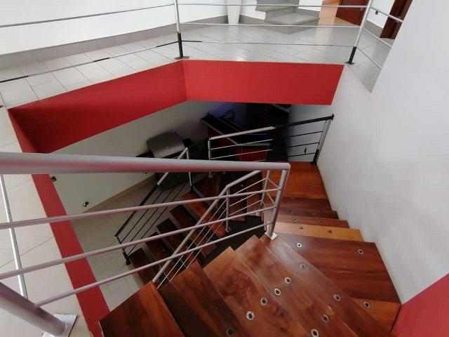 Casa Heredia>San Isidro>San Isidro - Venta:599.000 US Dollar - codigo: 21-2273