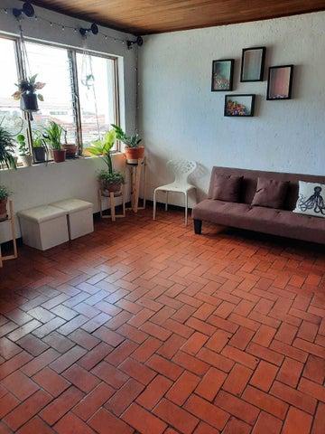 Apartamento San Jose>Curridabat>Curridabat - Alquiler:700 US Dollar - codigo: 21-2279