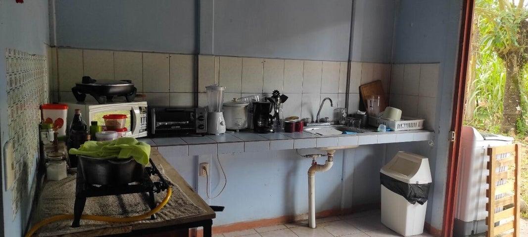 Casa Alajuela>Florencia>San Carlos - Venta:28.000 US Dollar - codigo: 21-2293