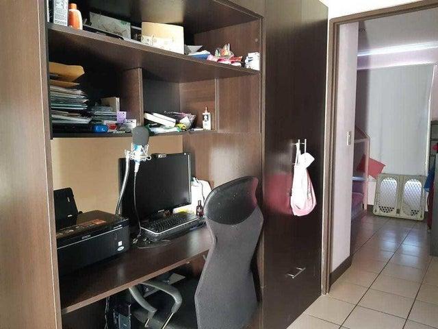 Casa San Jose>Piedades>Santa Ana - Venta:98.000 US Dollar - codigo: 21-2331