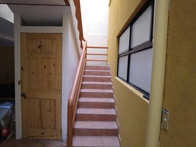 Apartamento San Jose>Guadalupe>Goicoechea - Alquiler:504 US Dollar - codigo: 21-2357