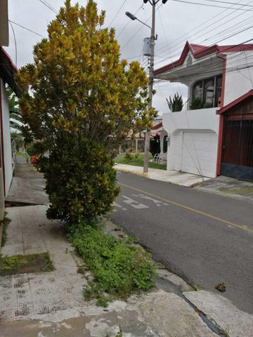 Casa Alajuela>Desamparados>Alajuela - Venta:92.800 US Dollar - codigo: 21-2369