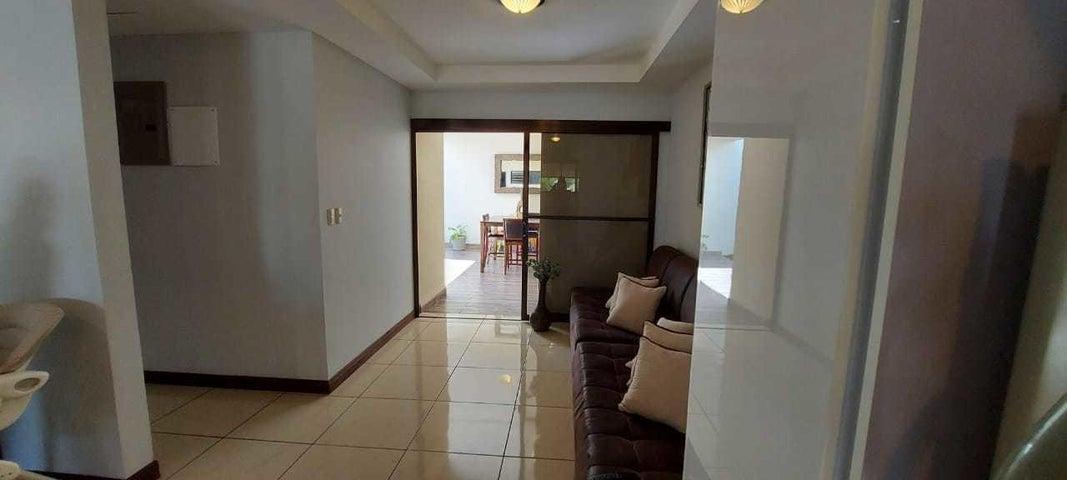 Casa Cartago>Tobosi>El Guarco - Venta:102.000 US Dollar - codigo: 21-2377