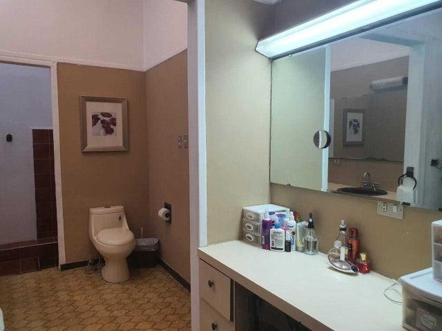 Casa San Jose>Pavas>San Jose - Venta:250.000 US Dollar - codigo: 21-2400