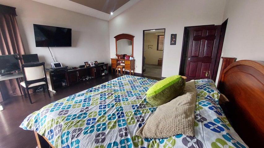 Casa Heredia>Concepcion>San Rafael - Venta:315.000 US Dollar - codigo: 21-2434