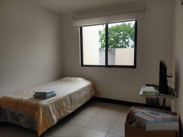Apartamento San Jose>Rio Oro>Santa Ana - Alquiler:500 US Dollar - codigo: 21-2439