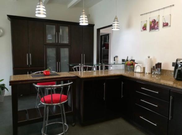 Casa Heredia>San Isidro>Santo Domingo - Venta:385.000 US Dollar - codigo: 21-2448