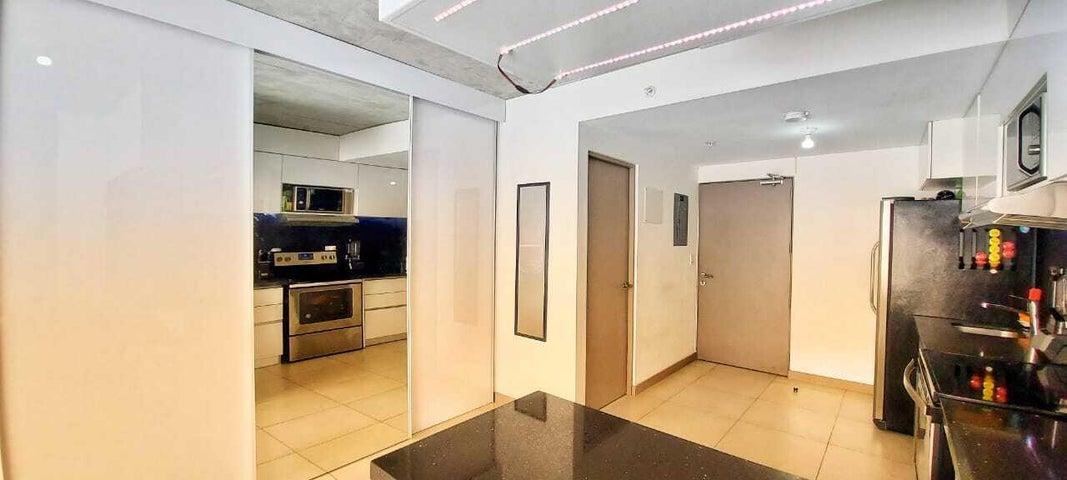 Apartamento San Jose>Curridabat>Curridabat - Venta:95.000 US Dollar - codigo: 21-2462