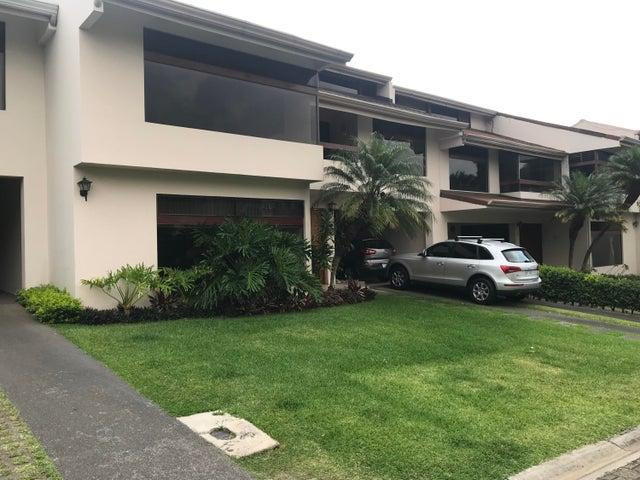 Casa San Jose>Escazu>Escazu - Venta:360.000 US Dollar - codigo: 21-2465