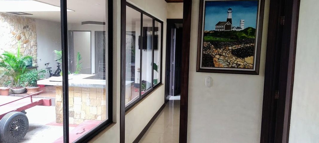 Casa Alajuela>San Ramon>San Ramon - Venta:285.000 US Dollar - codigo: 21-2468
