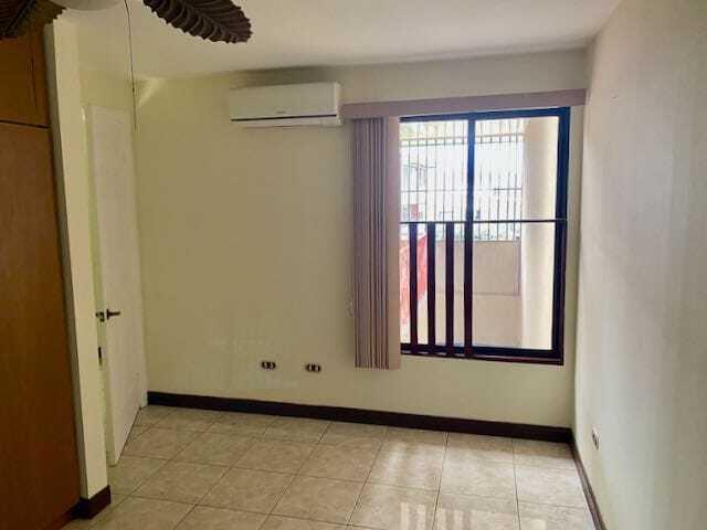 Casa San Jose>San Juan>Tibas - Venta:130.000 US Dollar - codigo: 21-2484