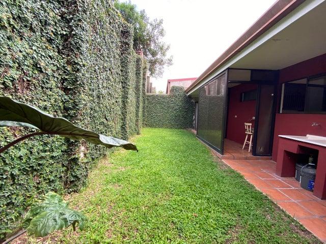Casa Heredia>San Francisco de Heredia>Heredia - Venta:140.000 US Dollar - codigo: 21-2490