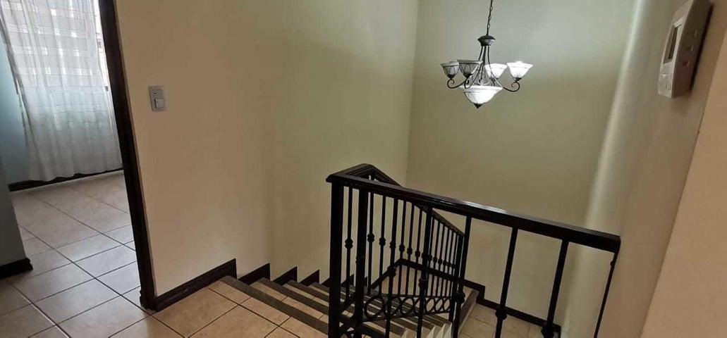 Casa Cartago>Concepcion - La Union>La Union - Venta:160.000 US Dollar - codigo: 21-2494