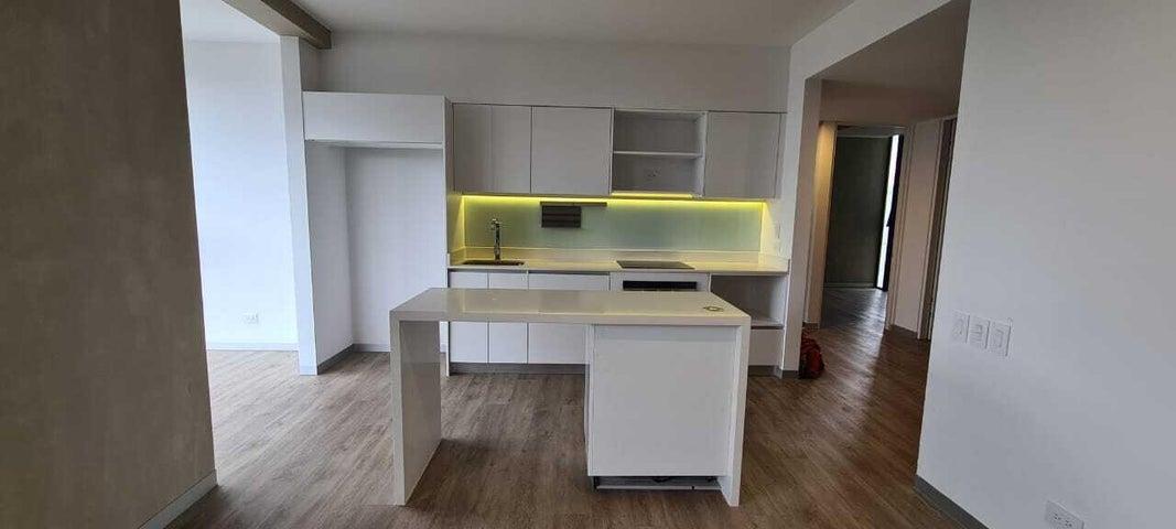 Apartamento San Jose>Curridabat>Curridabat - Alquiler:1.250 US Dollar - codigo: 21-2496
