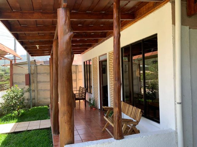Casa San Jose>El Jardin>Dota - Venta:135.800 US Dollar - codigo: 21-2499