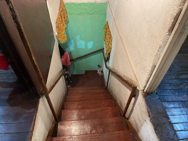 Casa San Jose>Hatillo>San Jose - Venta:47.000 US Dollar - codigo: 21-2512