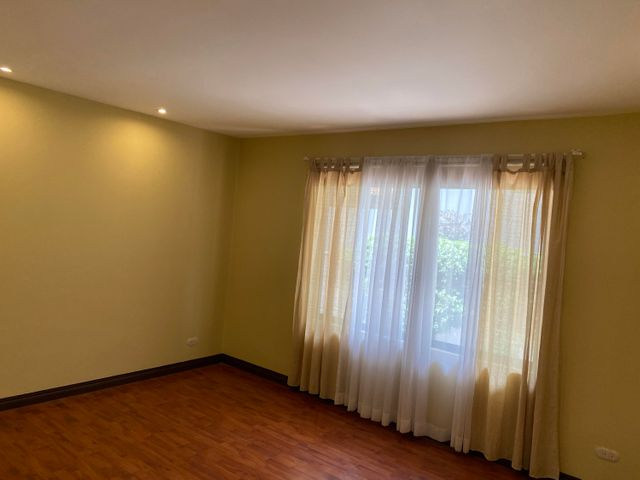 Apartamento San Jose>Santa Ana>Santa Ana - Alquiler:950 US Dollar - codigo: 21-2506
