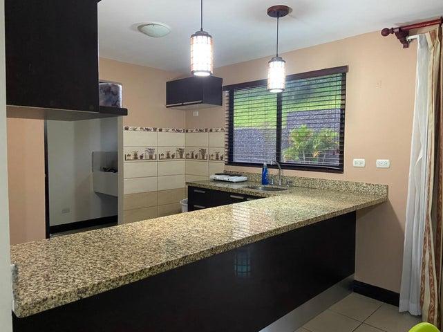Apartamento Cartago>La Union Tres Rios>La Union - Alquiler:800 US Dollar - codigo: 21-2509