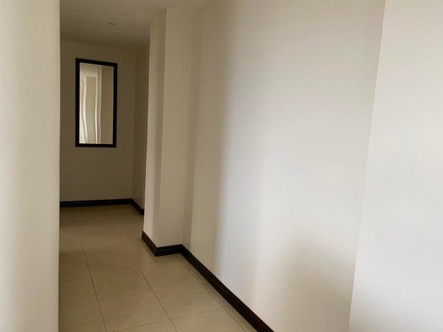 Apartamento San Jose>San Rafael Escazu>Escazu - Alquiler:2.500 US Dollar - codigo: 21-2531
