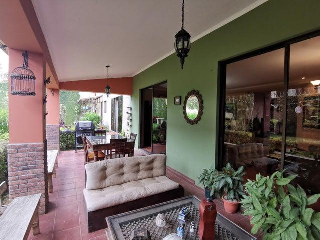 Casa San Jose>Guayabo>Curridabat - Venta:490.000 US Dollar - codigo: 22-242