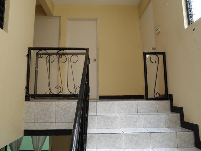 Apartamento San Jose>San Juan>Tibas - Venta:890.000 US Dollar - codigo: 22-287