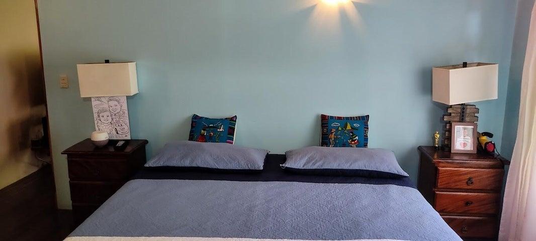 Casa Alajuela>Santiago>San Ramon - Venta:450.000 US Dollar - codigo: 22-307