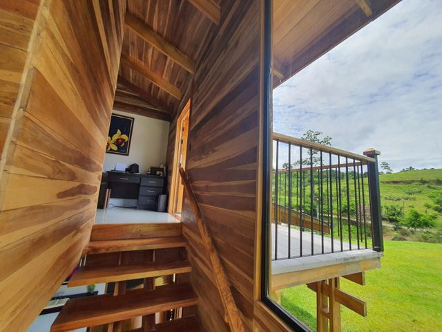 Casa Limon>Buena Vista>Siquirres - Venta:500.000 US Dollar - codigo: 22-308