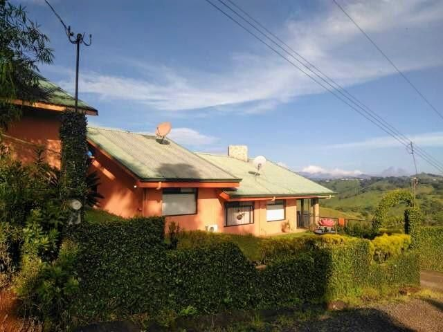 Casa Alajuela>San Ramon>San Ramon - Venta:300.000 US Dollar - codigo: 22-309