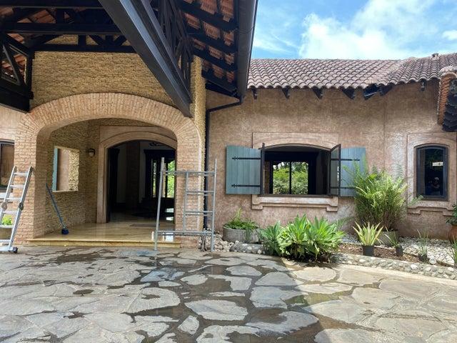 Casa Alajuela>La Guacima>Alajuela - Venta:1.698.000 US Dollar - codigo: 22-537