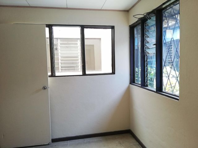 Apartamento San Jose>Hospital>San Jose - Alquiler:270 US Dollar - codigo: 22-551