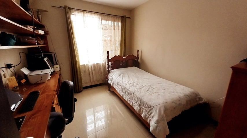 Casa San Jose>Brasil de Santa Ana>Santa Ana - Venta:175.000 US Dollar - codigo: 22-552