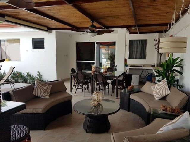 Apartamento Puntarenas>Quepos>Parrita - Venta:230.000 US Dollar - codigo: 22-556