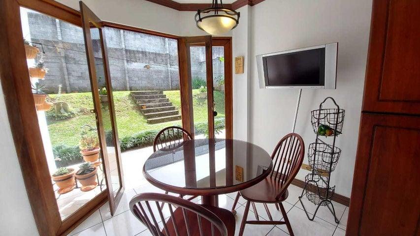 Casa San Jose>Granadilla>Curridabat - Venta:265.000 US Dollar - codigo: 22-558