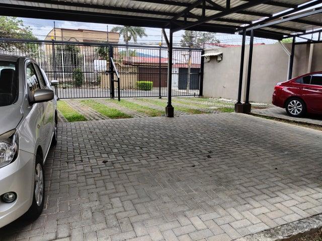 Apartamento San Jose>Zapote>San Jose - Venta:93.000 US Dollar - codigo: 22-559