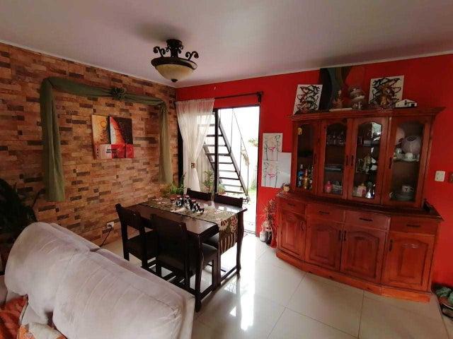Casa Cartago>Orosi>Paraiso - Venta:96.000 US Dollar - codigo: 22-564