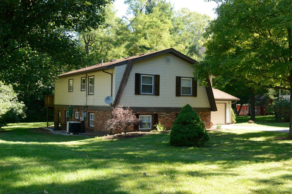 Undefined Image of 390 Madolin Drive, Lithopolis, OH 43136