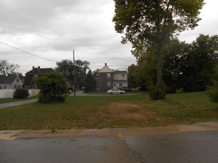 Undefined Image of 47 S HEATH Lane, West Jefferson, OH 43162