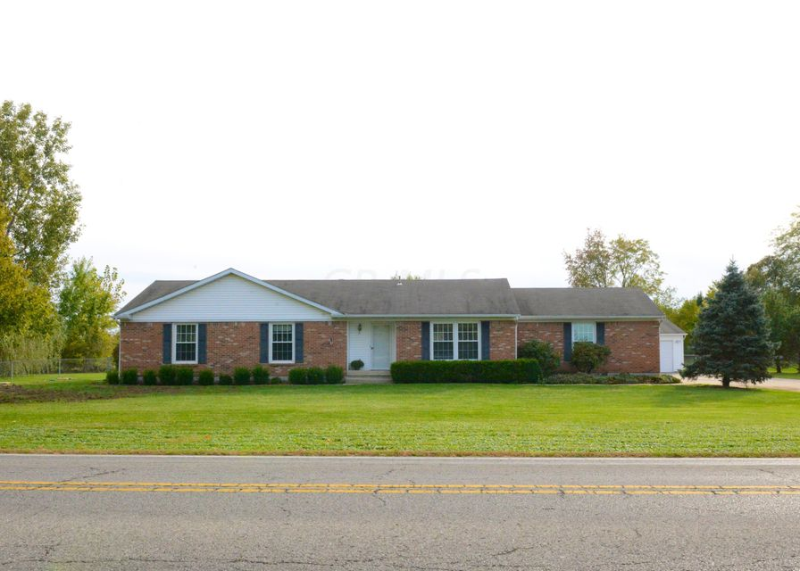 Welcome home!   8325 LONG Road, Canal Winchester, OH 43110