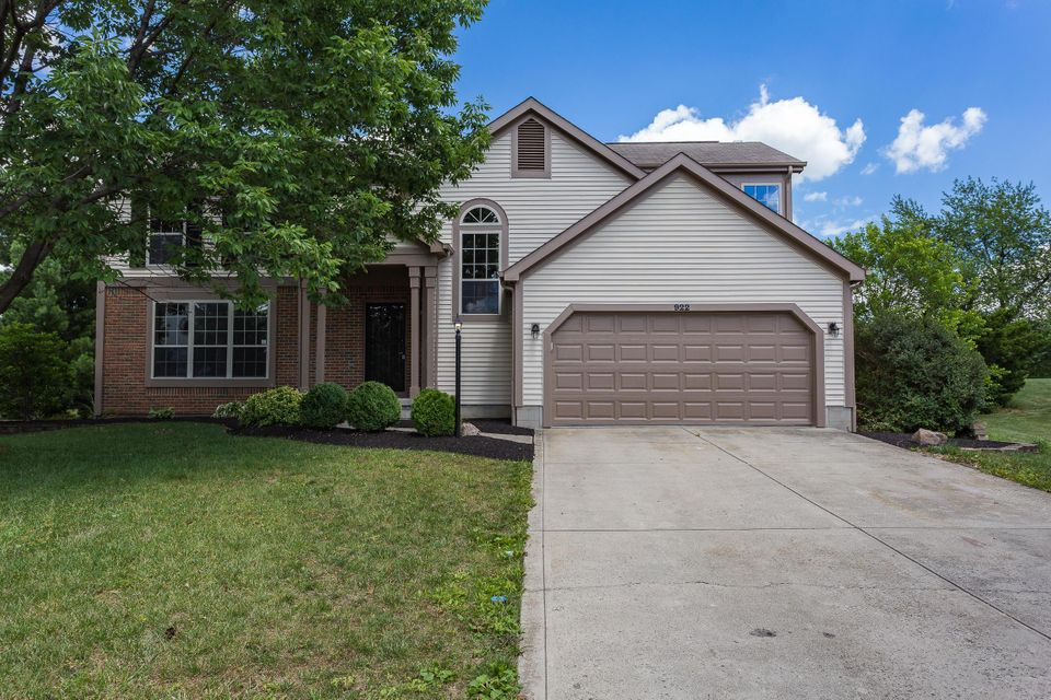 Freshly painted and landscaped | 922 Torridon Court, Pickerington, OH 43147