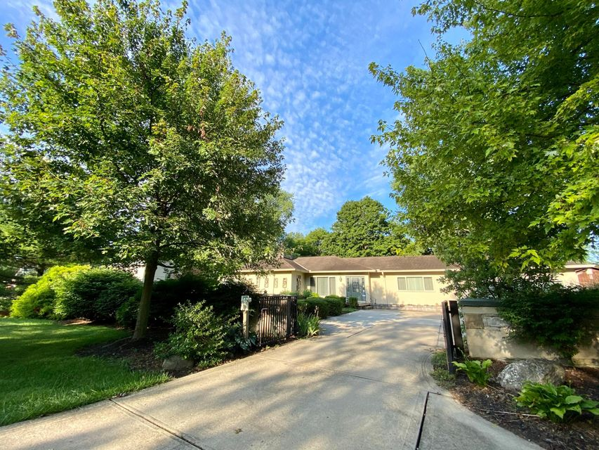 Undefined Image of 4865 Dublin Road, Columbus, OH 43221