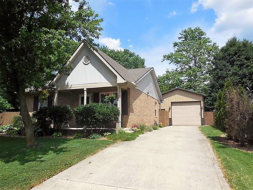 Front View - 946 Champion Avenue Lancaster OH 43130 | 946 Champion Avenue, Lancaster, OH 43130