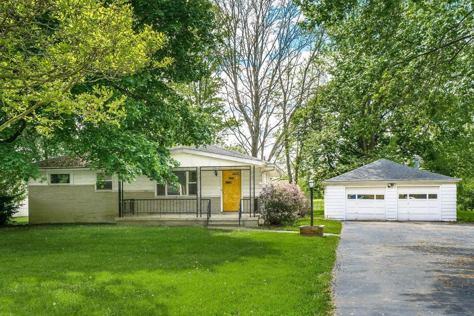 Lovely 1954 Ranch   1475 Cole Road, Columbus, OH 43228