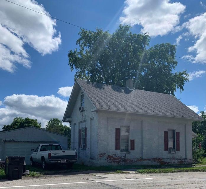 Front | 30 N Main Street, Jeffersonville, OH 43128