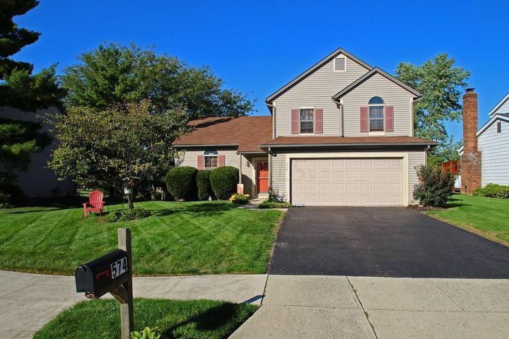 574 GREEN MEADOWS Drive W, Powell, OH 43065